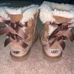 Girls Ugg Brown Bailey Boot sz.13